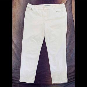 Chico's Platinum Ankle Jeans